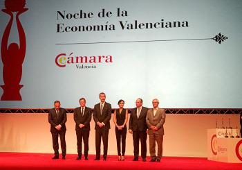 Emac y Plásticos Gamón junto al presidente de AVEP representan al sector del plástico en la Noche de la Economía Valenciana